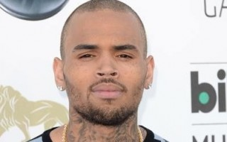 Chris_Brown_2-400x567