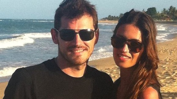 Iker-Casillas-Sara-Carbonero_2