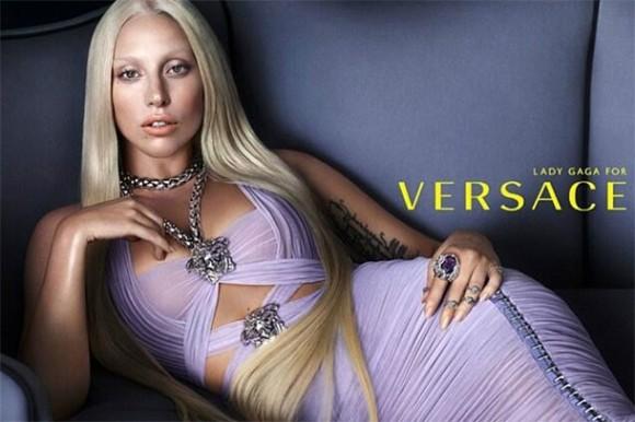 Lady_Gaga_Versace_2