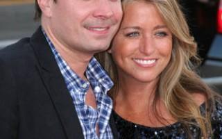 Jimmy Fallon e a mulher, Nancy Juvonen, foram pais pela segunda vez. O casal recorreu mais uma vez a uma barriga de aluguer e deu as boas-vindas a uma menina, Frances Cole.