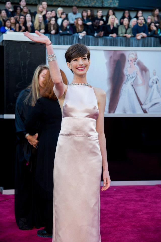 Anne Hathaway na cerimónia dos Óscares