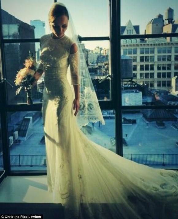 Christina Ricci no dia do casamento