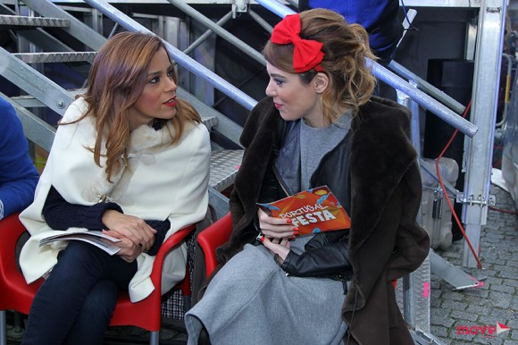 Rita Ferro Rodrigues e Raquel Strada conversam durante um intervalo