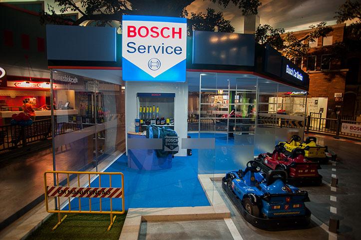 Famosos conhecem nova oficina bosch movenot cias for Bsch oficinas