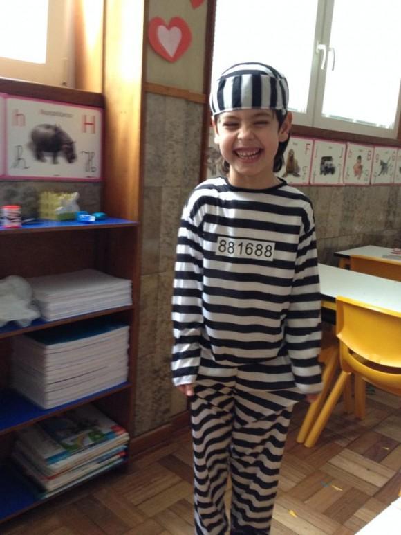 O filho de Elisabete Carvalho e Vítor Baía escolheu vestir-se de prisioneiro