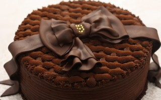 Bolo-de-Chocolate-Facil-de-Fazer-728x485