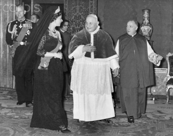 Isabel II - papa Beato