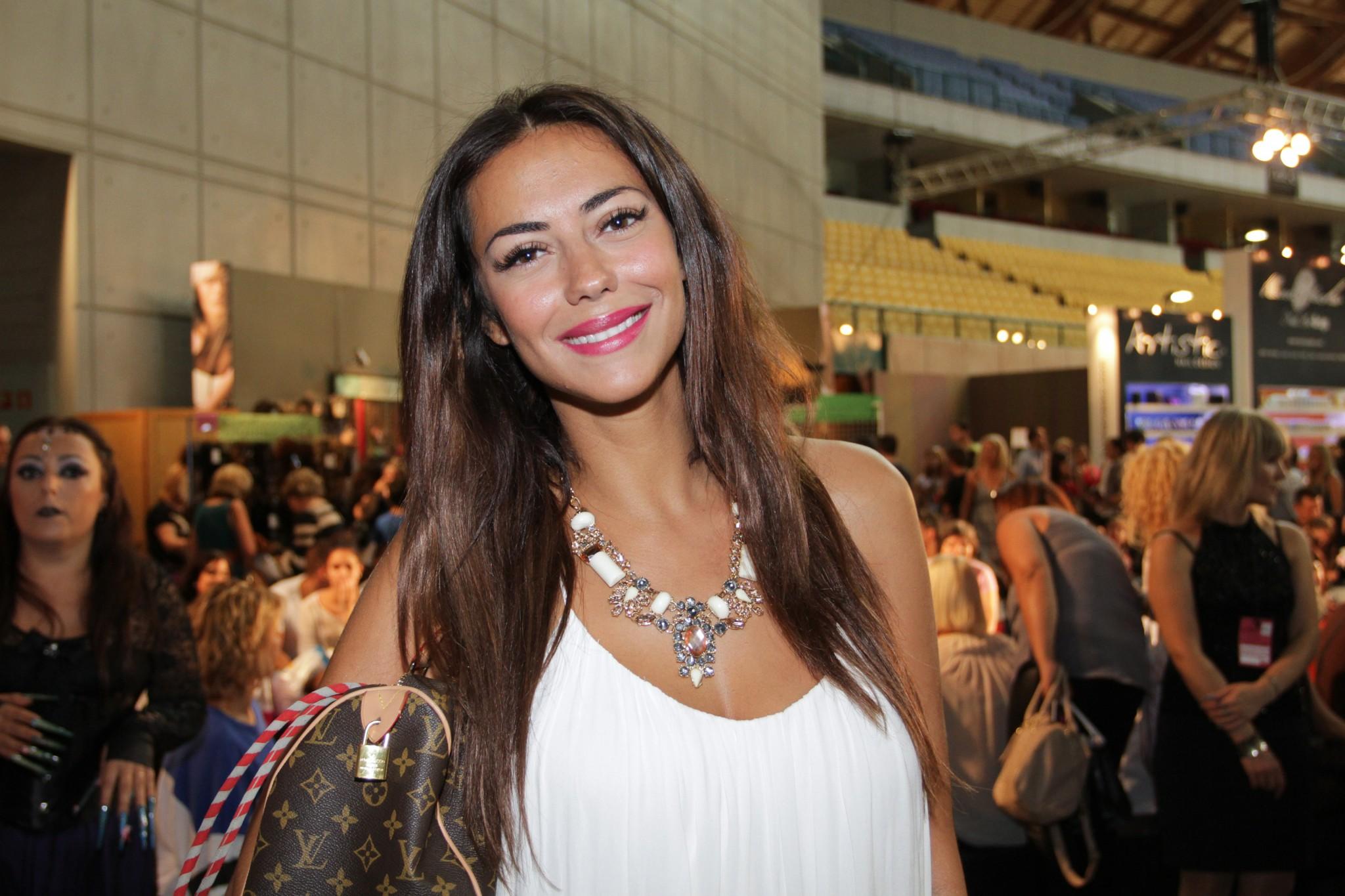 Sofia Ribeiro tem cancro da mama - MoveNotícias