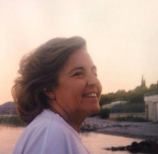 Leonor Poeiras mãe