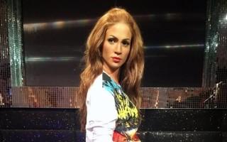 Jennifer-Lopez-cera-720x960