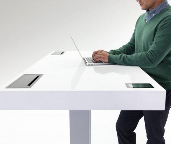 Kinetic table