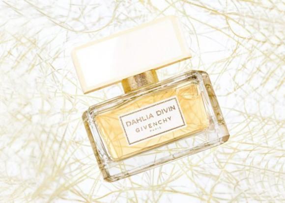 givenchy-dahlia-perfume-alicia-keys-campanha-frasco-1