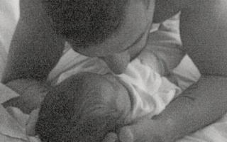 Simão Salvador, o primeiro filho em comum de Simão Sabrosa e Vanessa Rebelo, nasceu em junho.
