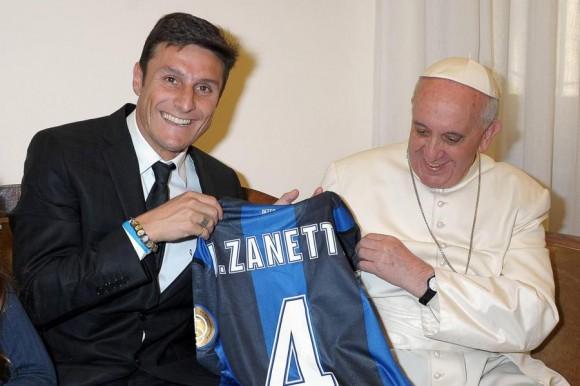 Papa com Javier Zanetti