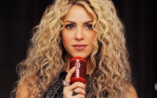 Shakira-638x960
