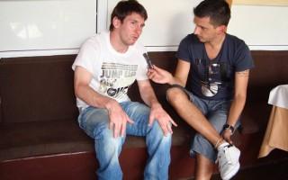 Messi a ser entrevistado por Jorge López