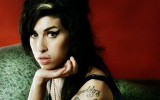 Amy-Winehouse-403x604