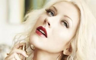 Christina-Aguilera-perfume11-423x600