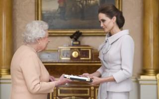 Angelina Jolie Rainha1