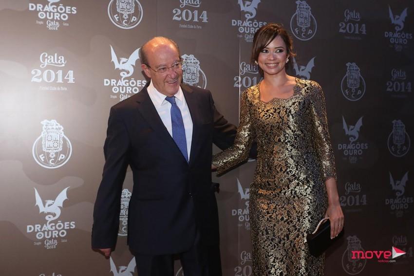 O presidente Pinto da Costa e a mulher, Fernanda