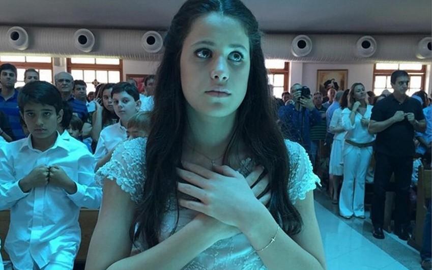 Cludia Raia Celebra Primeira Comunho Da Filha MoveNotcias