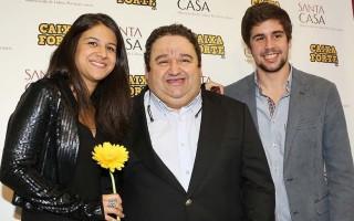 Fernando-Mendes-e-filhos-850x850