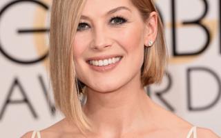 Golden Globes_15_Rosamund Pike1