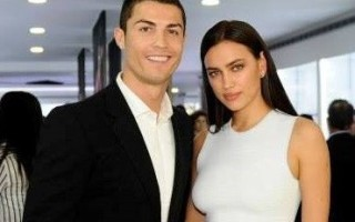 Irina_Ronaldo_2-371x399