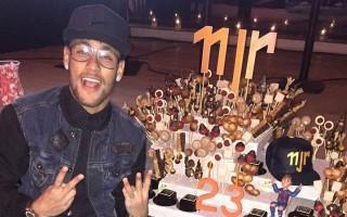 Neymar11-720x720