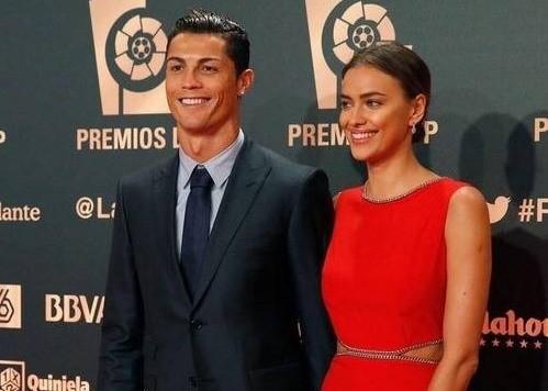 Cristiano Ronaldo e Irina Shayk separaram-se ao fim de cinco anos de namoro.