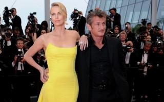 Charlize Theron e Sean Penn estiveram juntos durante um ano e meio.