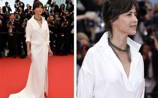 Sophie Marceu elegeu uma criação de Alexandre Vauthier e joias Chopard