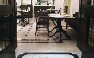 Cafe Burberry3