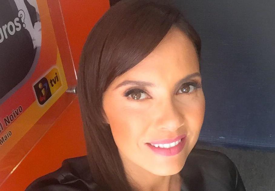 """Uma frase de Iva Domingues no programa """"A Tarde é Sua"""" da TVI deixou os  vimaranenses irritados. """"Guimarães… Já o Eça dizia… Ah… Só mudam as moscas  porque a ... 7e4c52029e"""