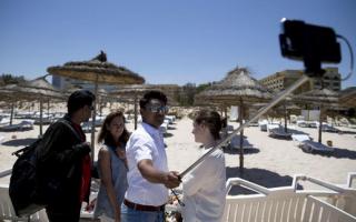 politico selfie tunisia