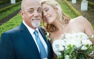 Billy Joel e Alexis Roderick casaram-se em julho, em Long Island (Nova Iorque).