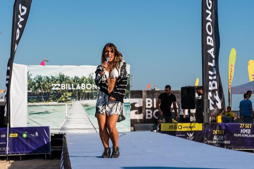 A cantora Maria Sampaio