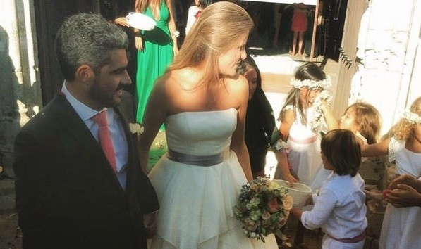 Pedro Couceiro e Mariana Gaspar oficializaram a relação  no Castelo de Palmela, em setembro.
