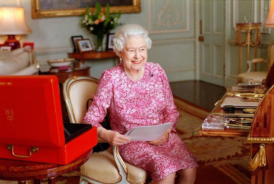 Rainha Isabel II