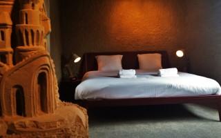 Zand Hotel
