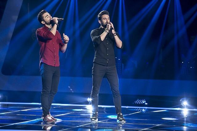 """Os irmãos Rui e Marcos Nogueira pensaram em tudo: da interpretação de """"Hero"""" aos lacinhos."""