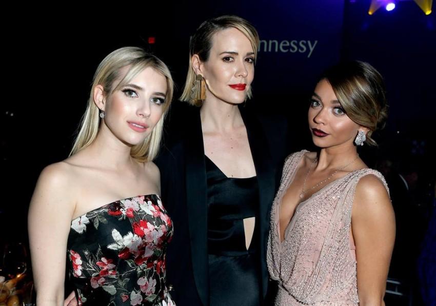 Emma Roberts, Sarah Paulson e Sarah Hyland