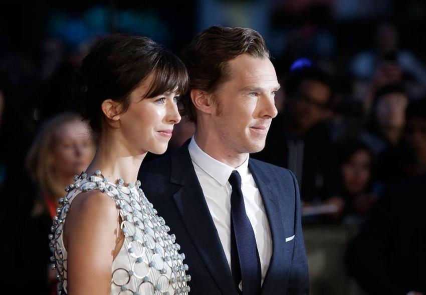 Benedict Cumberbatch e Sophie Hunter oficializaram a relação  na Ilha de Wight, em Inglaterra, em fevereiro.