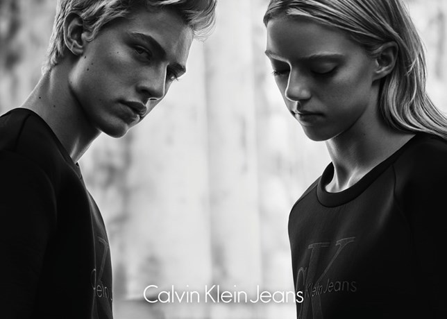 6956ea3058462 Calvin Klein lança edição especial da linha Jeans - MoveNotícias