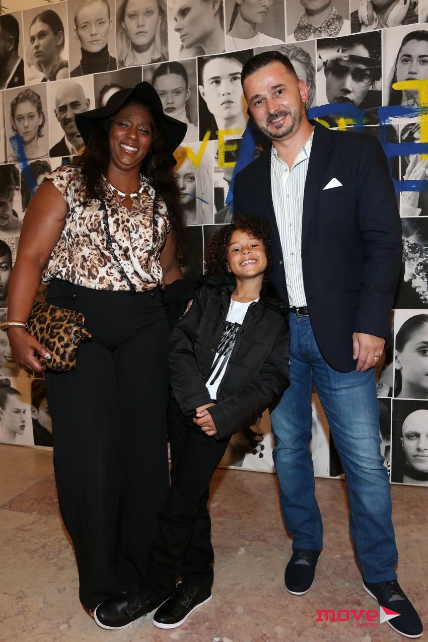Isaac Carvalho com os pais, Marco e Sofia Carvalho e