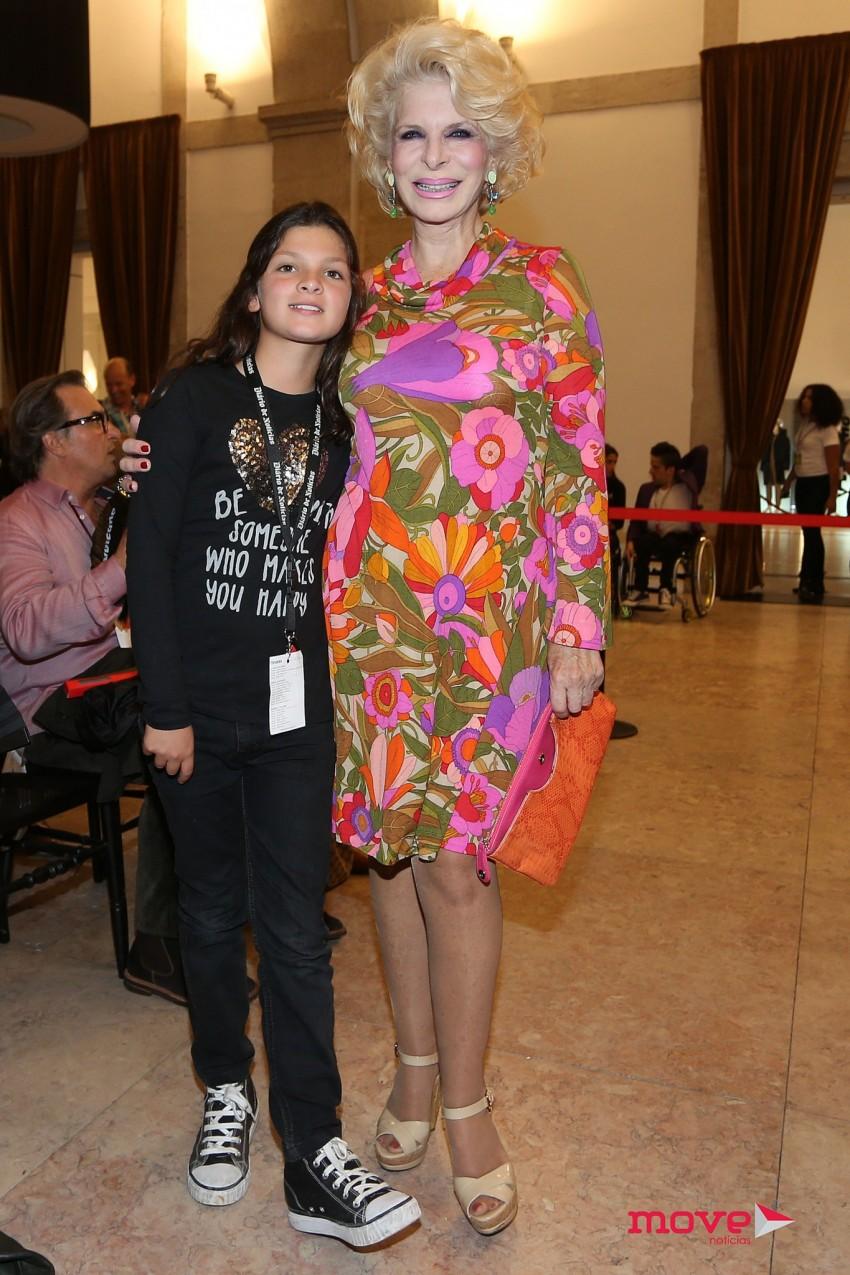 Lili Caneças e a neta Inês