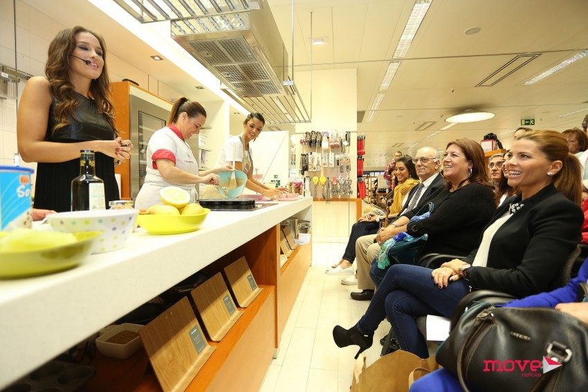 Muitos seguidores da nutricionista não perderam o evento que teve lugar no El Corte Inglés de Gaia