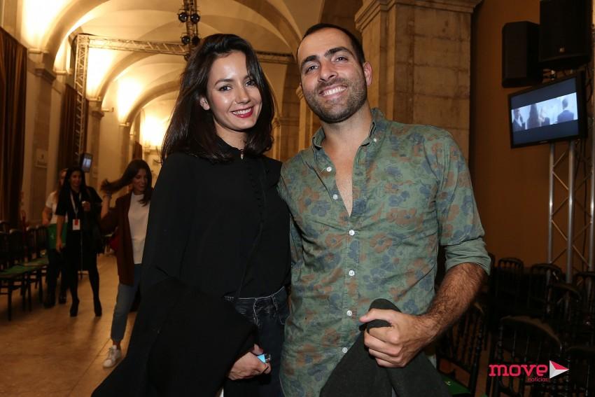 O irmão de Inês, Gonçalo, com a namorada