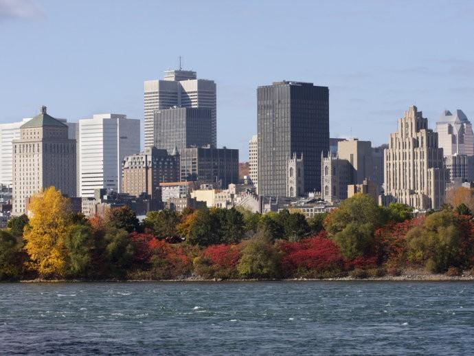 Março - Montreal - Canadá -  Os hotéis e passagens aéreas estão tão baixas nesta época do ano e apesar do frio é a altura ideal para conhecer a cidade.