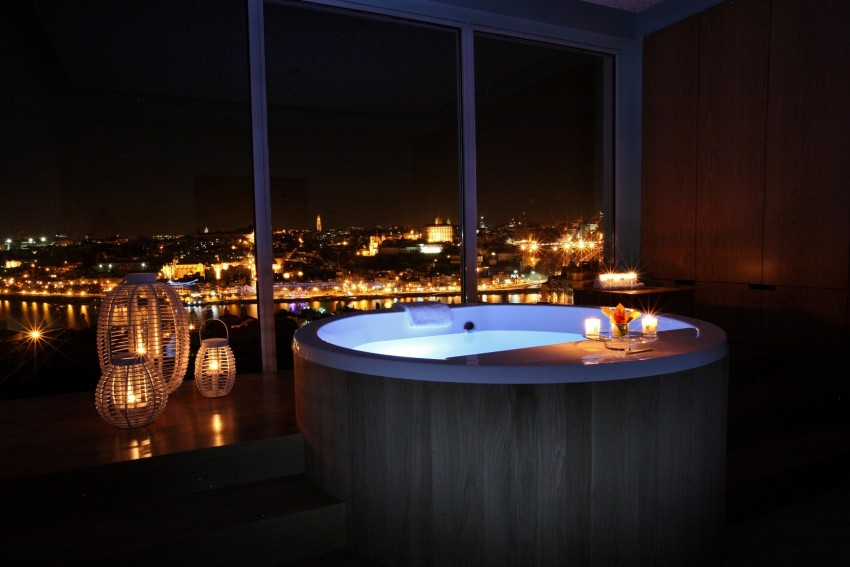 The Yeatman Spa_ Barrell Bath